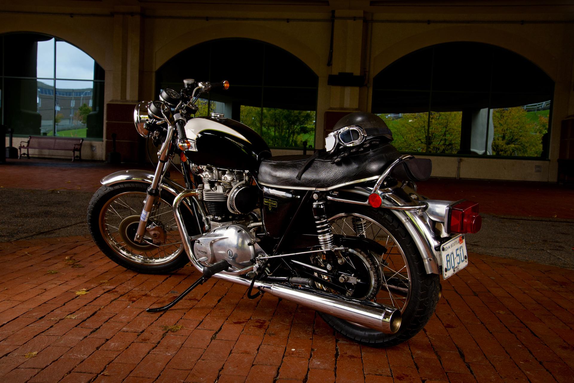 74' Triumph Bonneville